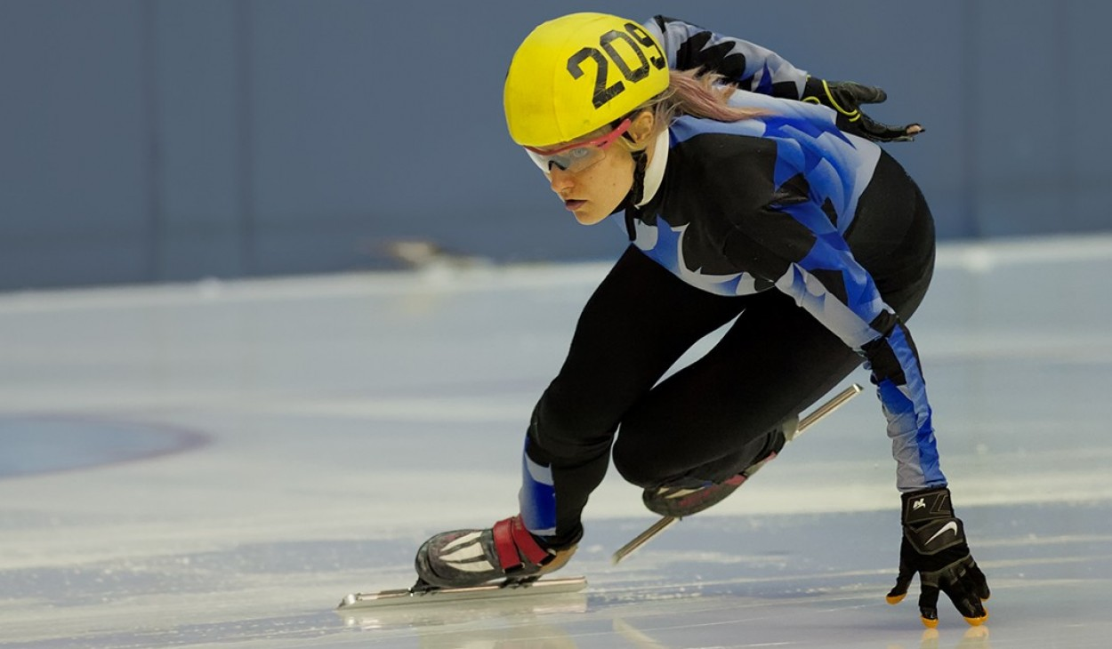 Elise Christie crowned 2015 European Champion